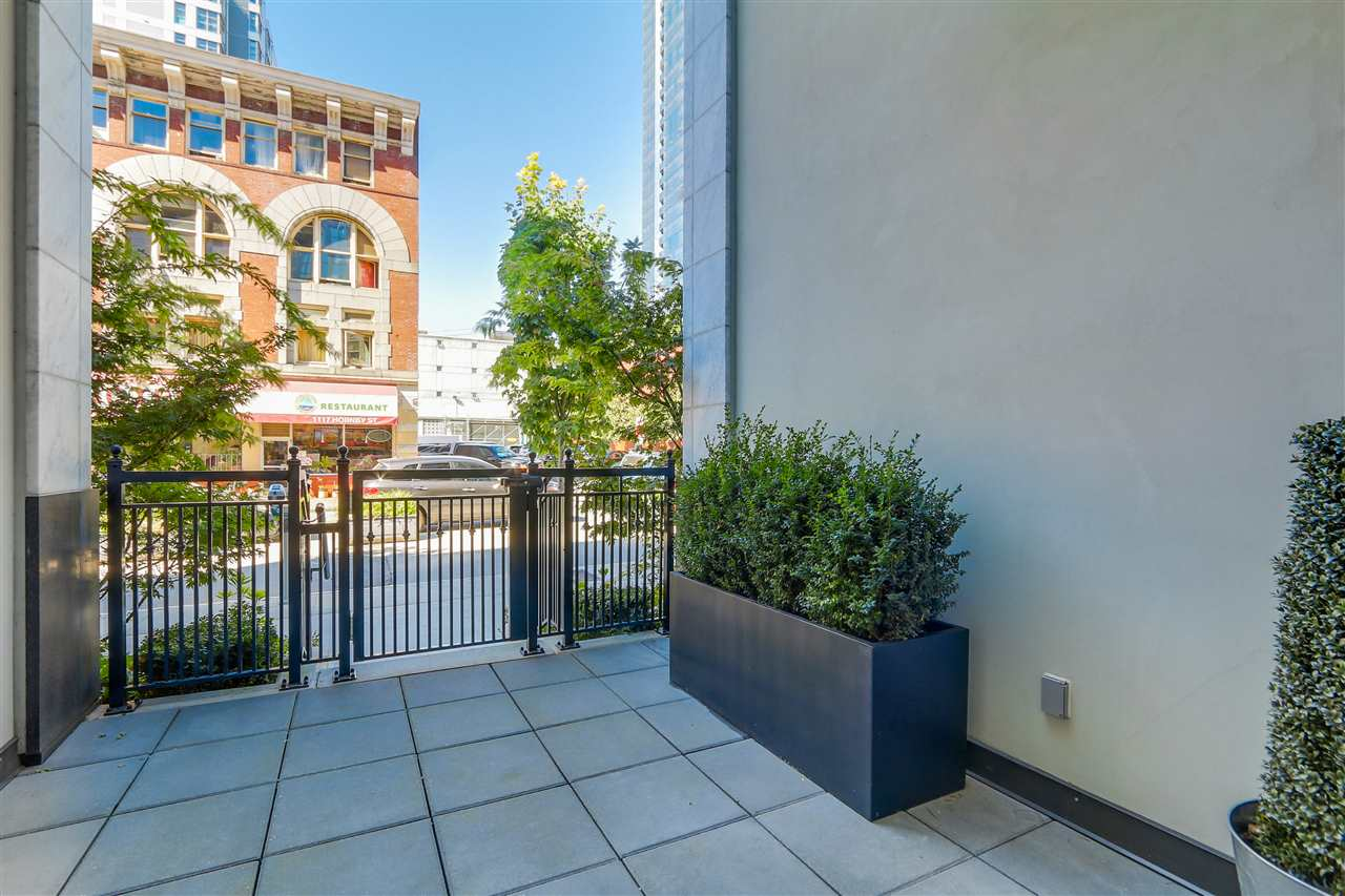 Townhouse at 1110 HORNBY STREET, Vancouver West, British Columbia. Image 19