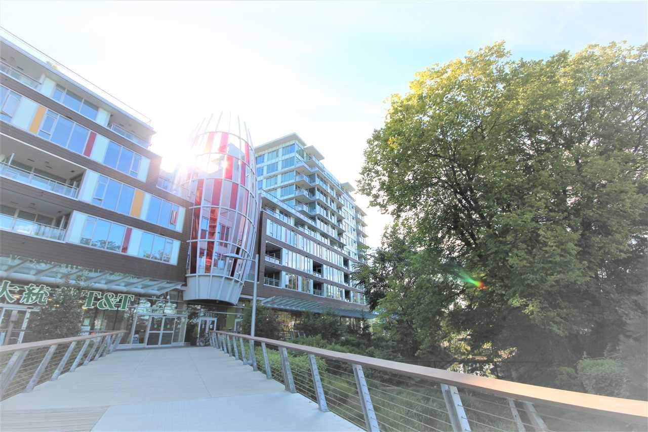 Condo Apartment at 1201 6971 ELMBRIDGE WAY, Unit 1201, Richmond, British Columbia. Image 3