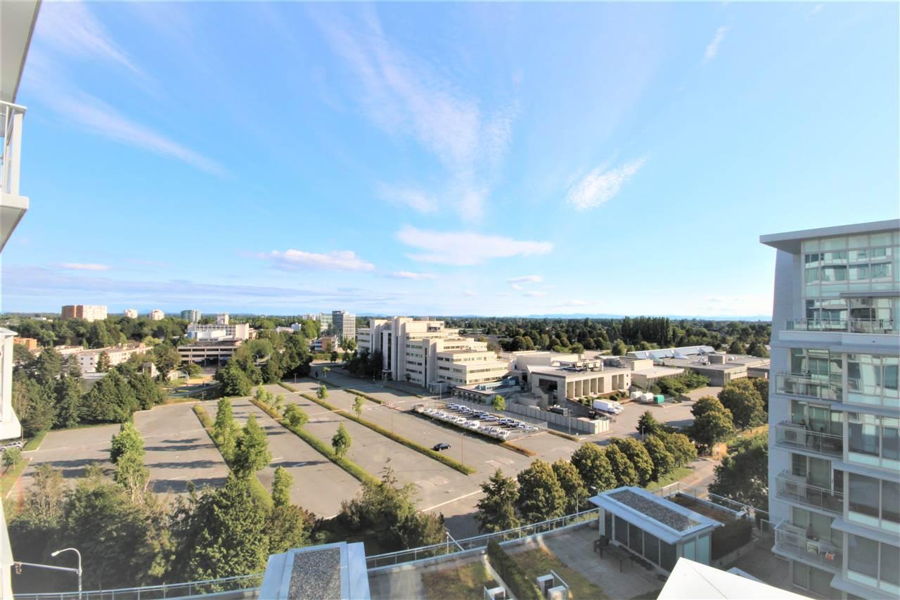 Condo Apartment at 1201 6971 ELMBRIDGE WAY, Unit 1201, Richmond, British Columbia. Image 11