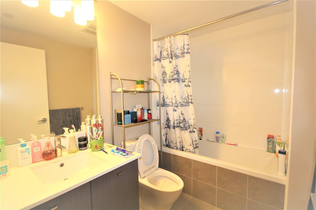 Condo Apartment at 1201 6971 ELMBRIDGE WAY, Unit 1201, Richmond, British Columbia. Image 14