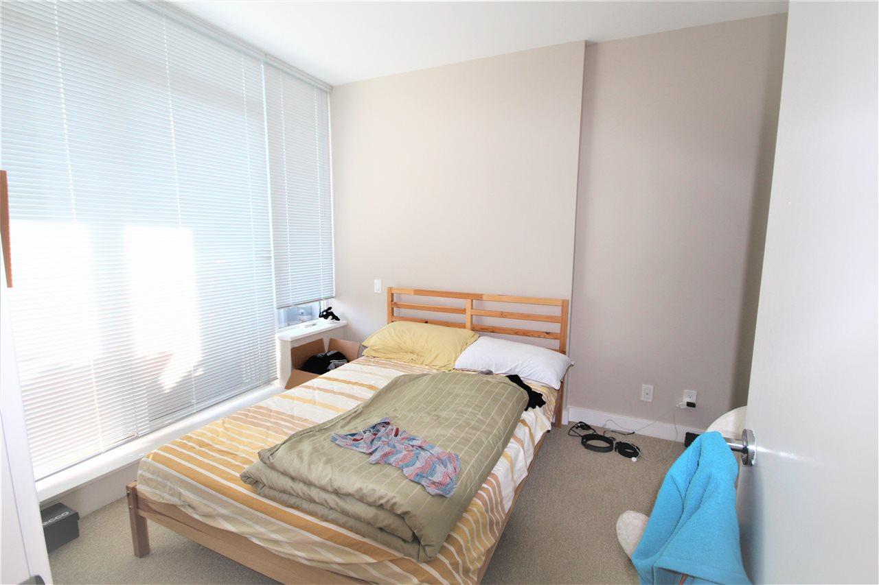 Condo Apartment at 1201 6971 ELMBRIDGE WAY, Unit 1201, Richmond, British Columbia. Image 15