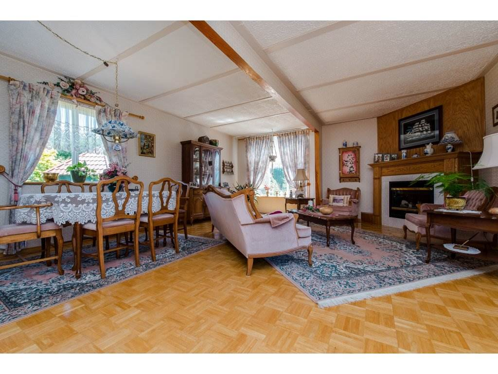 Detached at 49733 YALE ROAD, Rosedale, British Columbia. Image 3