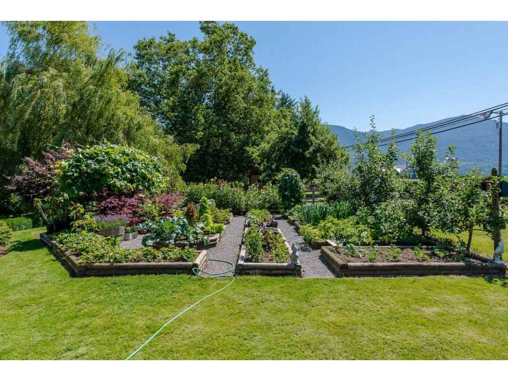 Detached at 49733 YALE ROAD, Rosedale, British Columbia. Image 14
