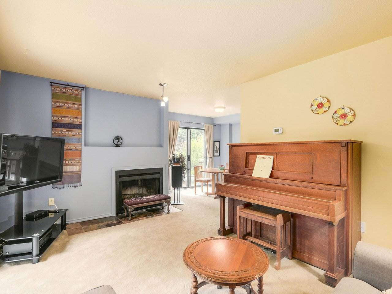 Townhouse at 8585 WOODRIDGE PLACE, Burnaby North, British Columbia. Image 6