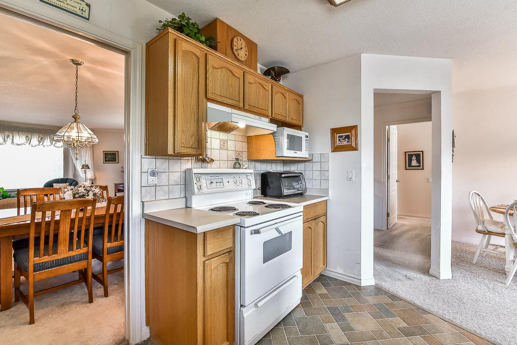 Townhouse at 52 31406 UPPER MACLURE ROAD, Unit 52, Abbotsford, British Columbia. Image 8