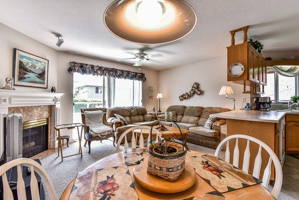 Townhouse at 52 31406 UPPER MACLURE ROAD, Unit 52, Abbotsford, British Columbia. Image 9