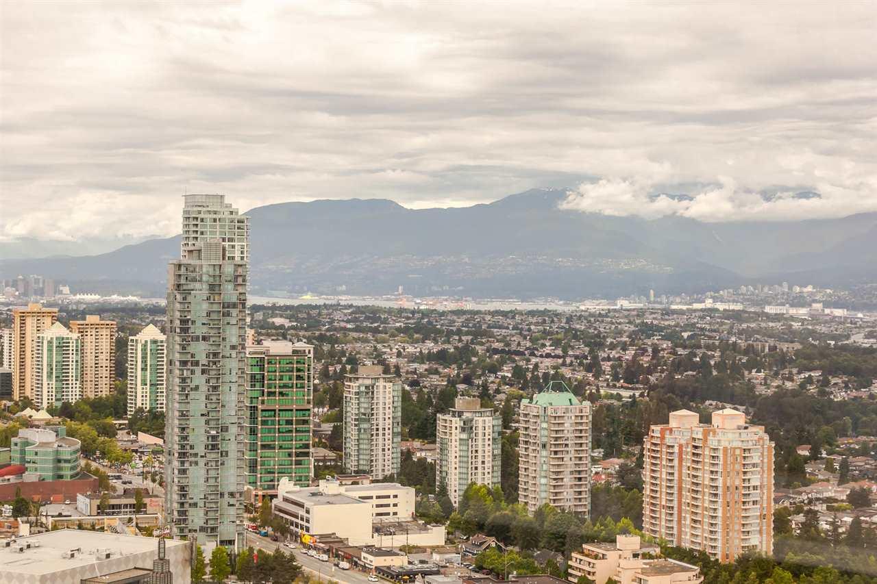 Condo Apartment at 4205 4880 BENNETT STREET, Unit 4205, Burnaby South, British Columbia. Image 2