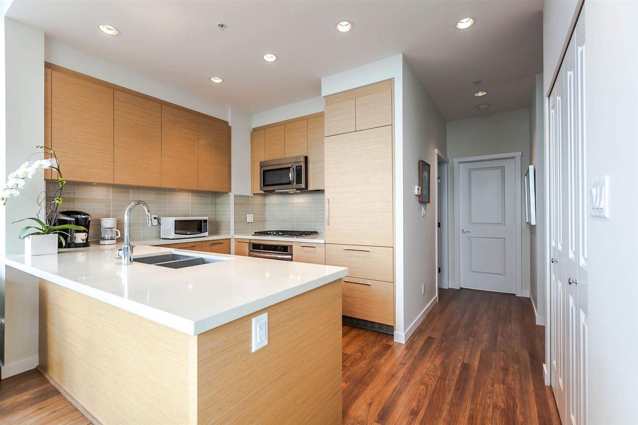 Condo Apartment at 4205 4880 BENNETT STREET, Unit 4205, Burnaby South, British Columbia. Image 9