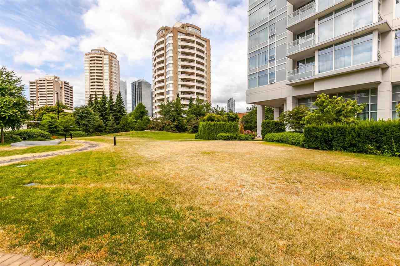 Condo Apartment at 4205 4880 BENNETT STREET, Unit 4205, Burnaby South, British Columbia. Image 20
