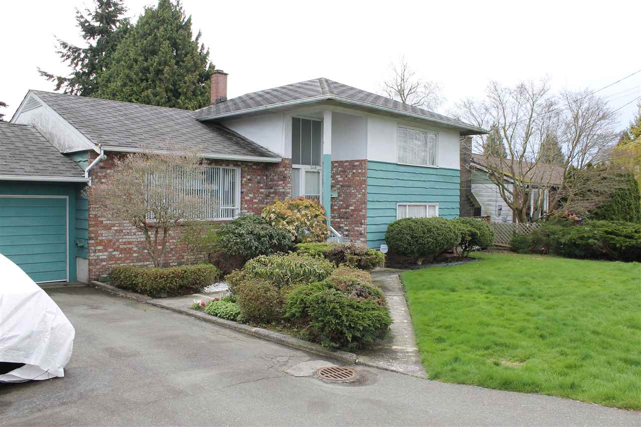 Detached at 7140 WILLIAMS ROAD, Richmond, British Columbia. Image 2