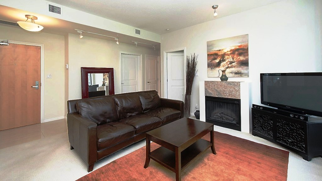 Condo Apartment at 701 1211 MELVILLE STREET, Unit 701, Vancouver West, British Columbia. Image 4