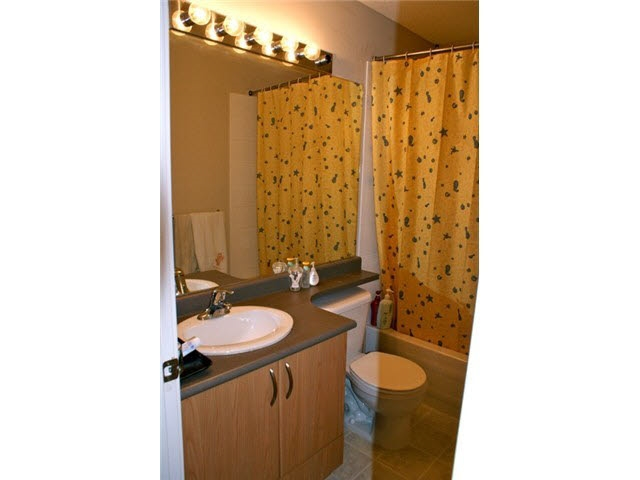 Townhouse at 77 2978 WHISPER WAY, Unit 77, Coquitlam, British Columbia. Image 7