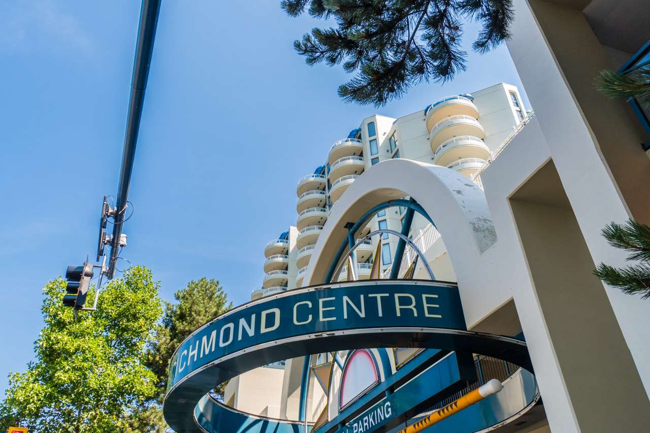Condo Apartment at 802 6080 MINORU BOULEVARD, Unit 802, Richmond, British Columbia. Image 2