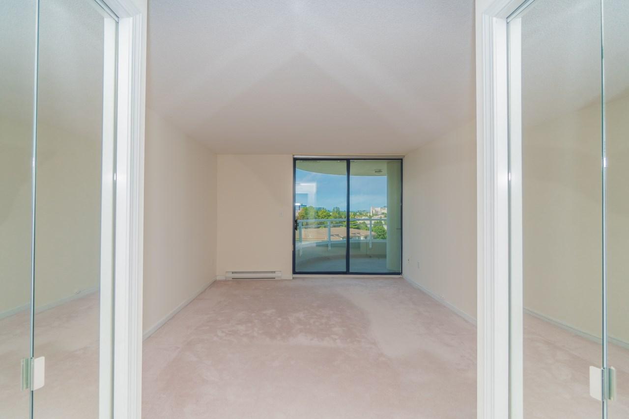 Condo Apartment at 802 6080 MINORU BOULEVARD, Unit 802, Richmond, British Columbia. Image 15
