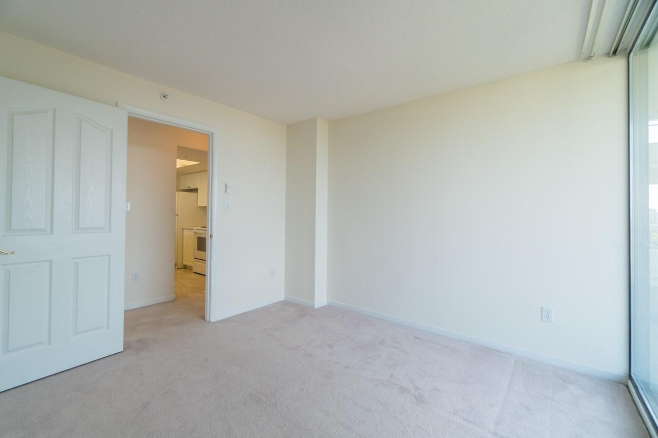 Condo Apartment at 802 6080 MINORU BOULEVARD, Unit 802, Richmond, British Columbia. Image 16