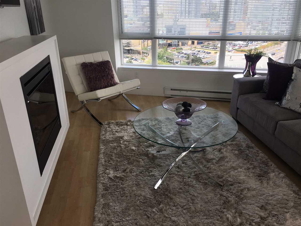 Condo Apartment at 1802 4808 HAZEL STREET, Unit 1802, Burnaby South, British Columbia. Image 5