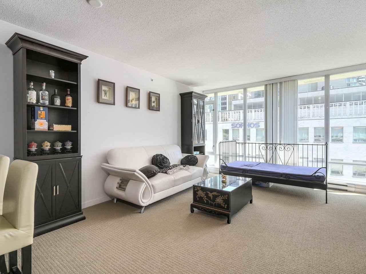 Condo Apartment at 616 610 GRANVILLE STREET, Unit 616, Vancouver West, British Columbia. Image 3