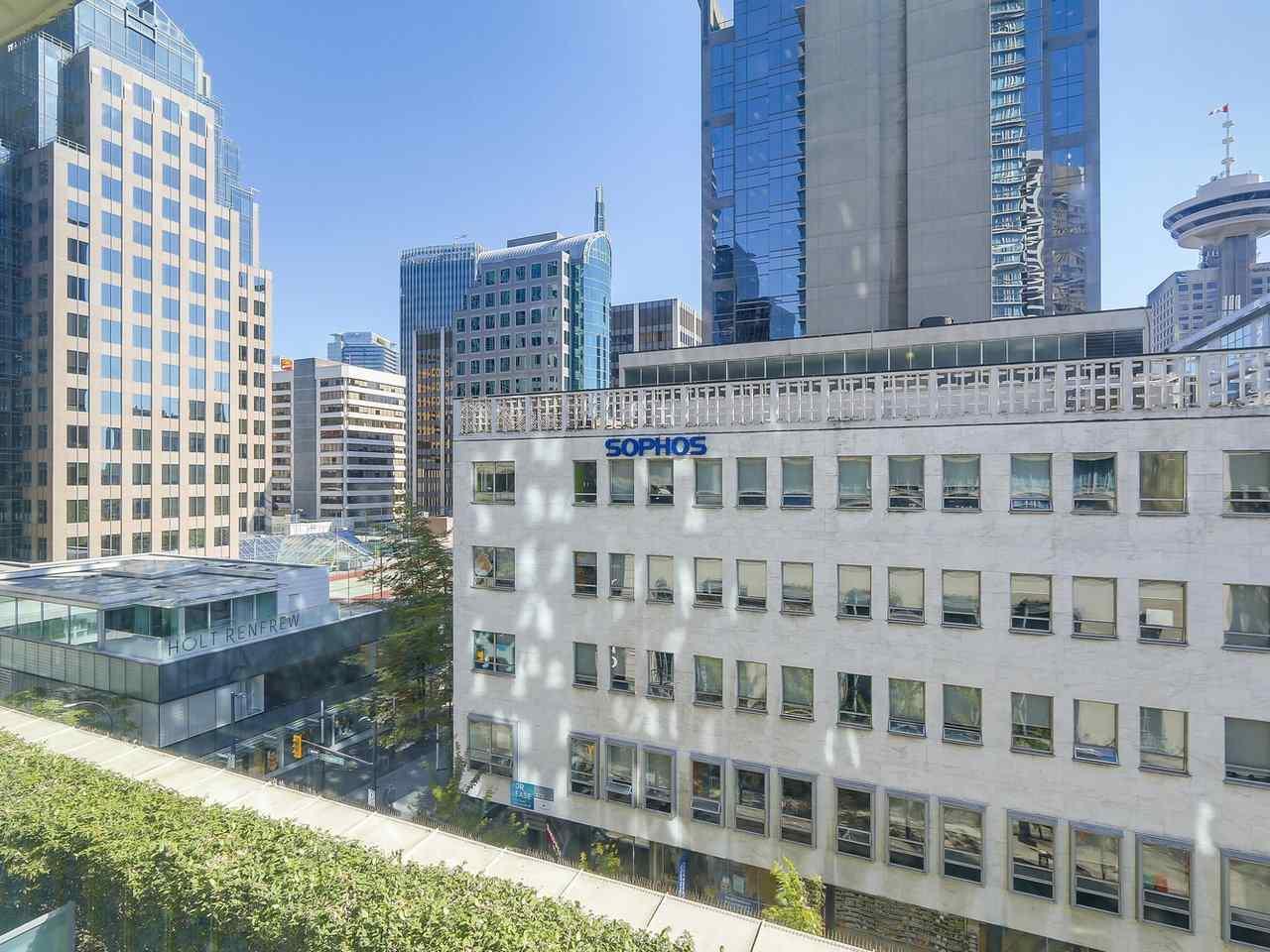 Condo Apartment at 616 610 GRANVILLE STREET, Unit 616, Vancouver West, British Columbia. Image 6