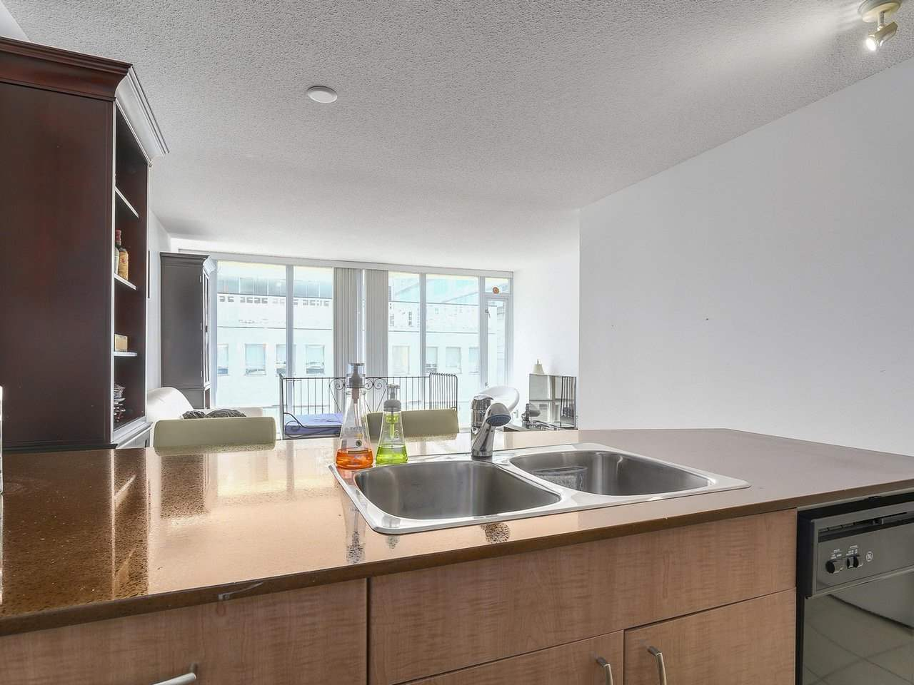 Condo Apartment at 616 610 GRANVILLE STREET, Unit 616, Vancouver West, British Columbia. Image 10
