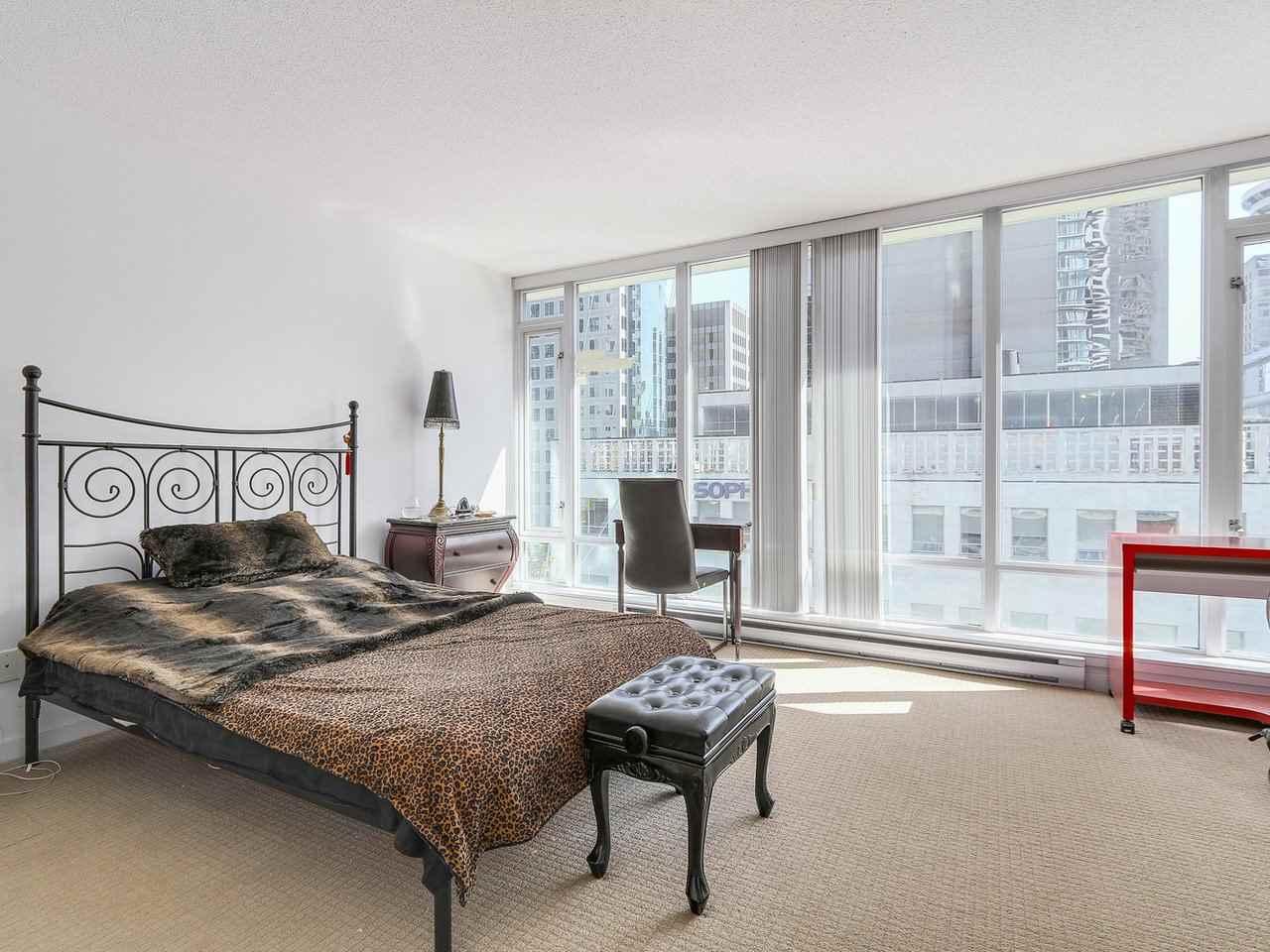 Condo Apartment at 616 610 GRANVILLE STREET, Unit 616, Vancouver West, British Columbia. Image 13