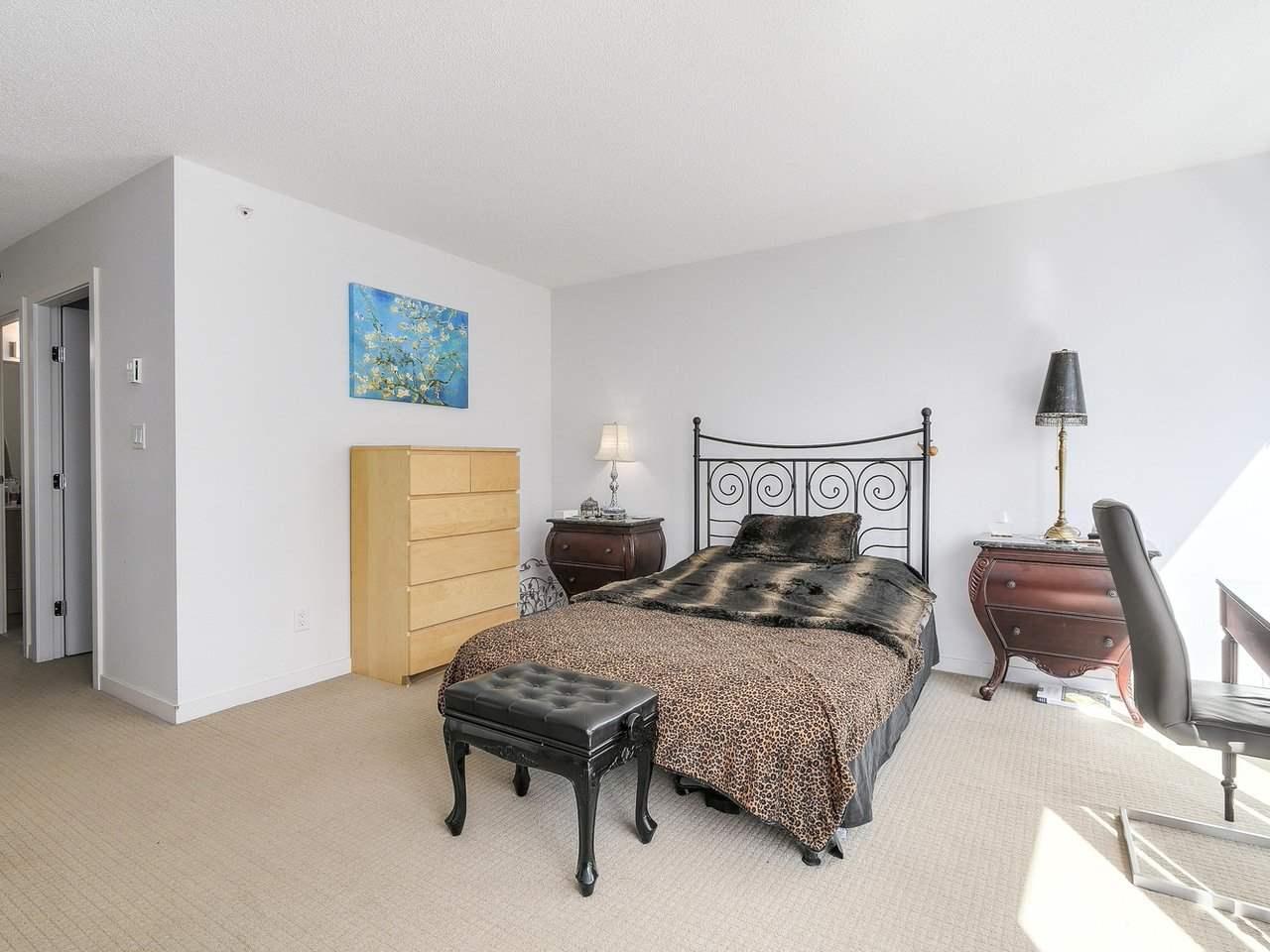 Condo Apartment at 616 610 GRANVILLE STREET, Unit 616, Vancouver West, British Columbia. Image 14
