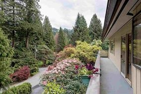 Detached at 5686 KEITH ROAD, West Vancouver, British Columbia. Image 13