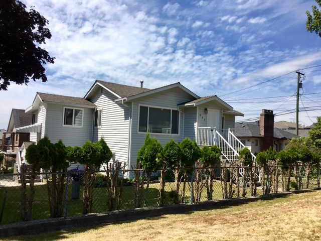 Detached at 881 MACDONALD AVENUE, Burnaby North, British Columbia. Image 14