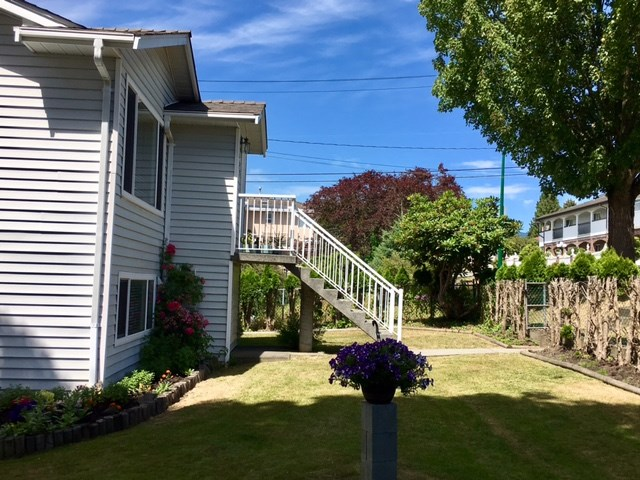 Detached at 881 MACDONALD AVENUE, Burnaby North, British Columbia. Image 17