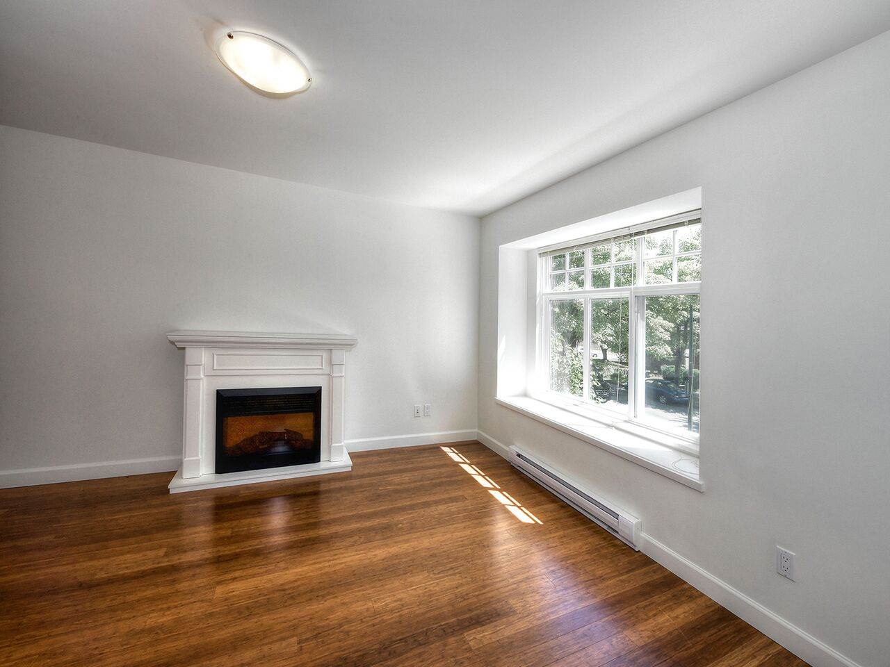 Detached at 265 E 46TH AVENUE, Vancouver East, British Columbia. Image 2