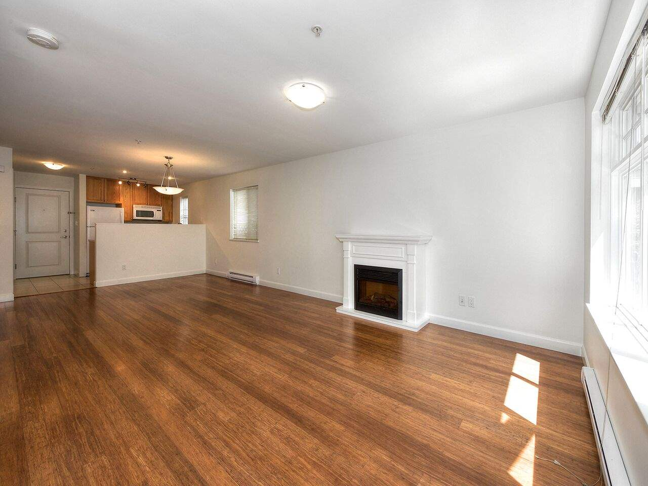 Detached at 265 E 46TH AVENUE, Vancouver East, British Columbia. Image 3