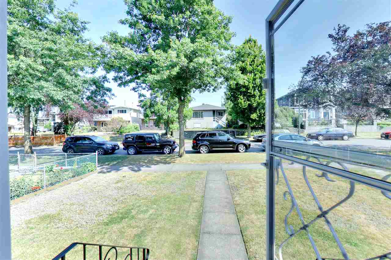 Detached at 328 E 64TH AVENUE, Vancouver East, British Columbia. Image 2