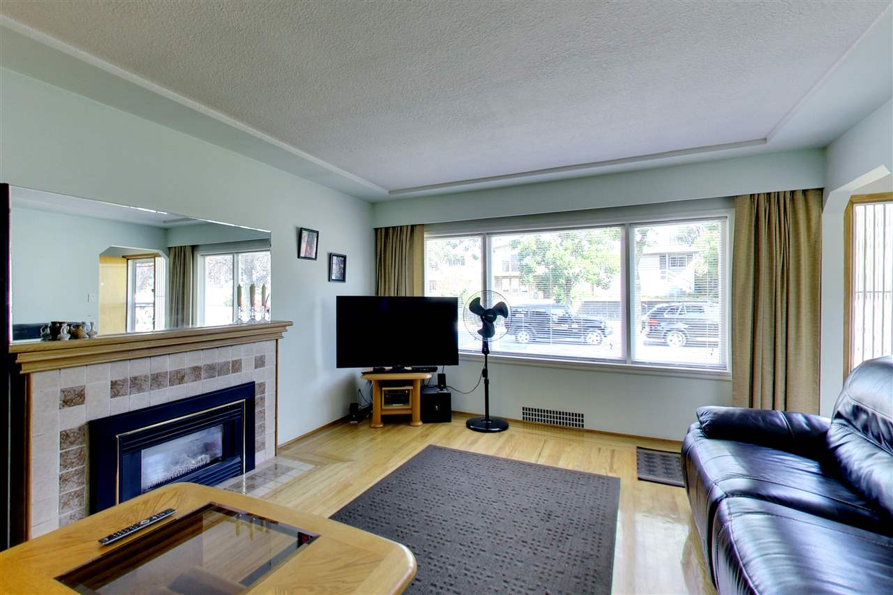 Detached at 328 E 64TH AVENUE, Vancouver East, British Columbia. Image 4
