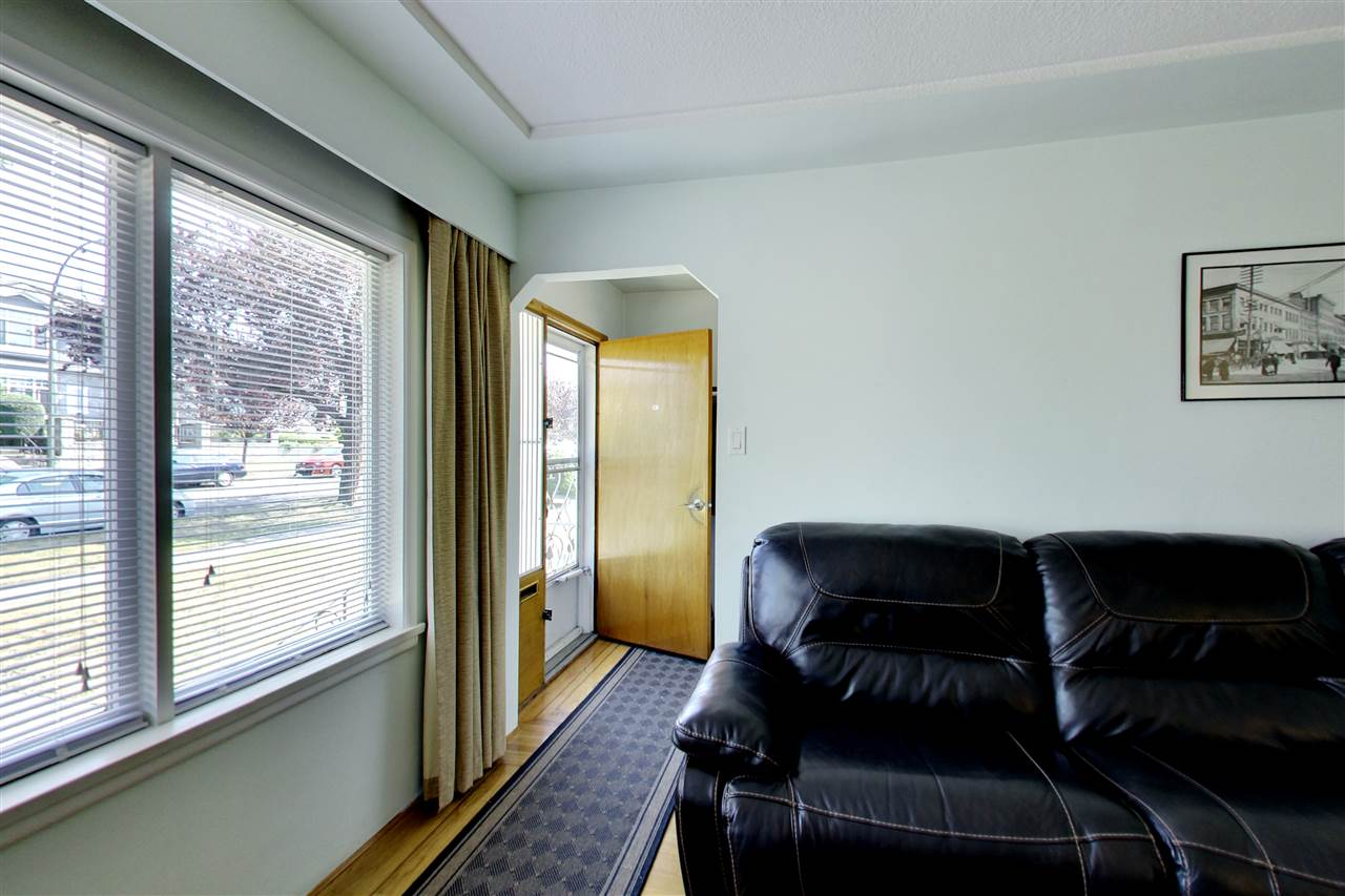 Detached at 328 E 64TH AVENUE, Vancouver East, British Columbia. Image 5