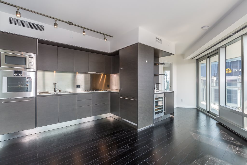 Condo Apartment at 3502 1151 W GEORGIA STREET, Unit 3502, Vancouver West, British Columbia. Image 6