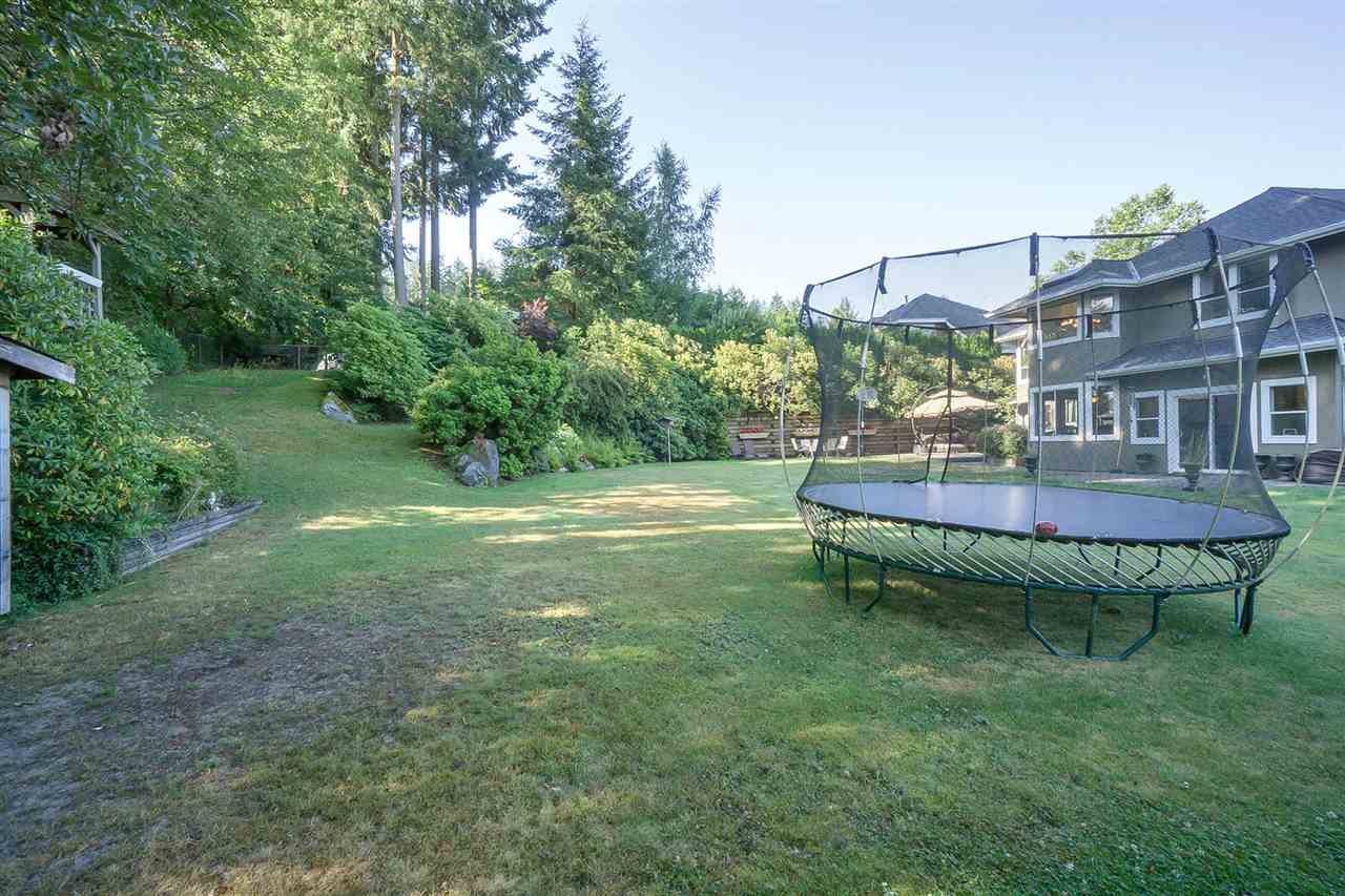 Detached at 2910 145A STREET, South Surrey White Rock, British Columbia. Image 19