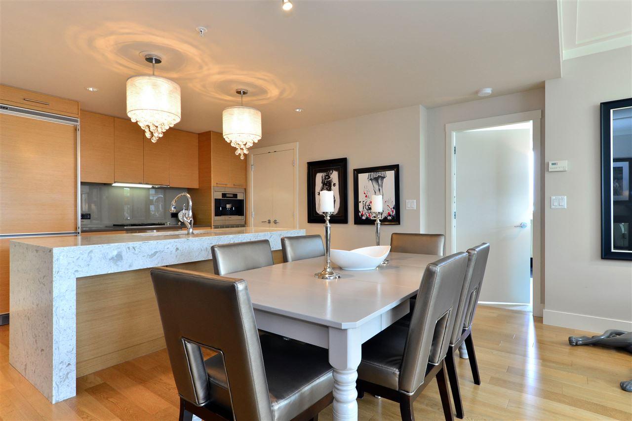 Condo Apartment at 204 15152 RUSSELL AVENUE, Unit 204, South Surrey White Rock, British Columbia. Image 13