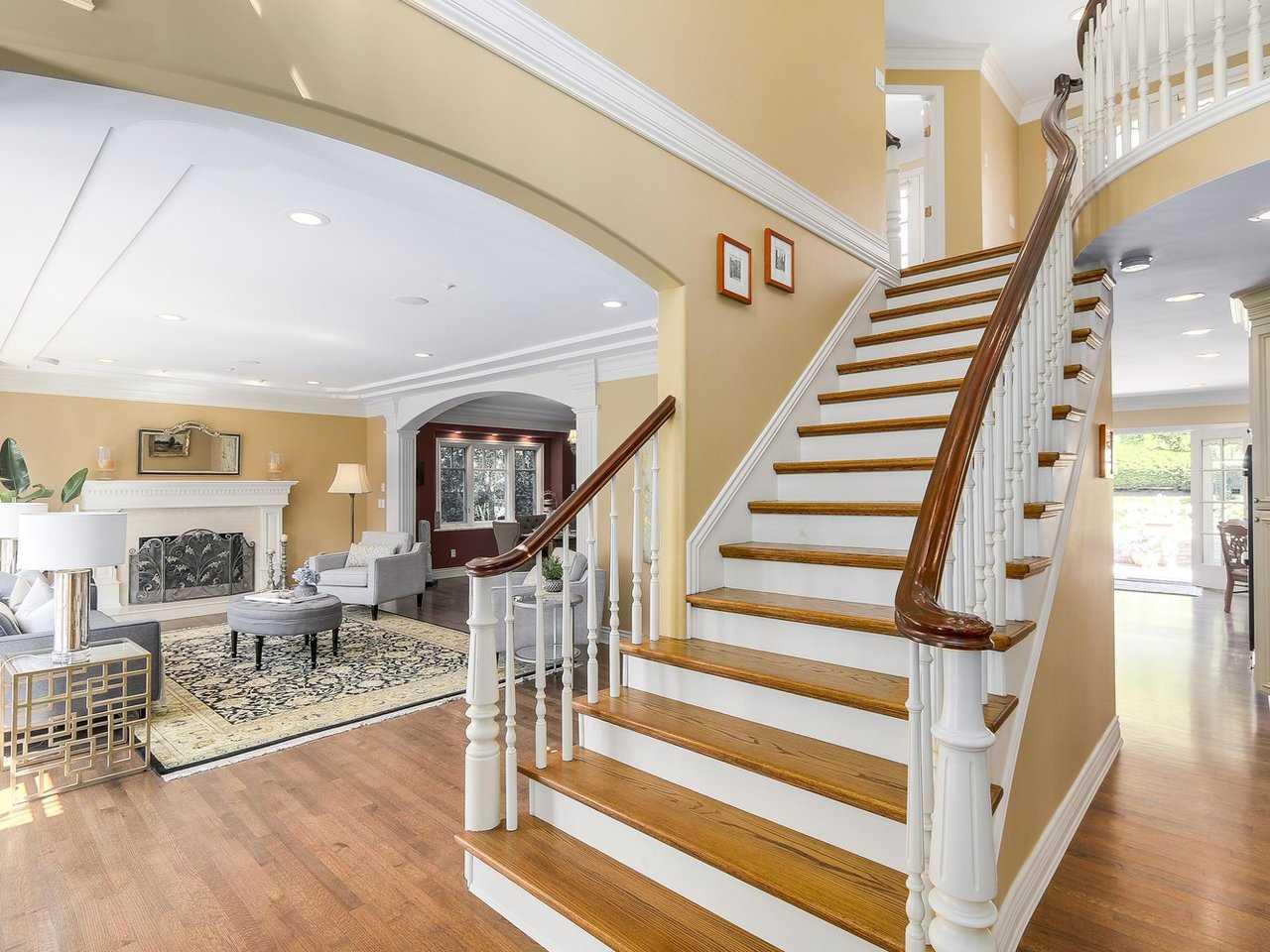 Detached at 4588 PINE CRESCENT, Vancouver West, British Columbia. Image 3