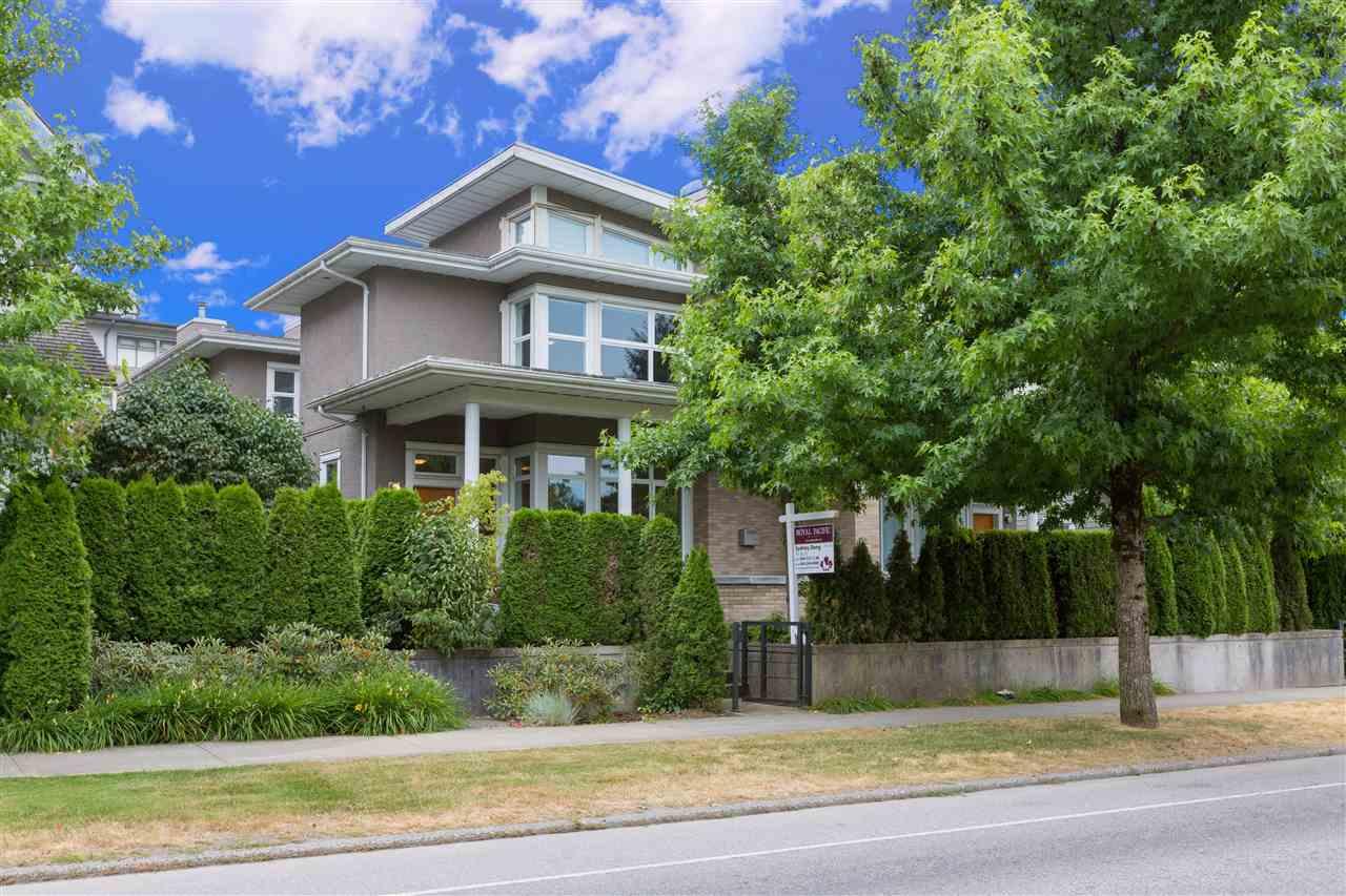 Half-duplex at 5972 CHANCELLOR BOULEVARD, Vancouver West, British Columbia. Image 1