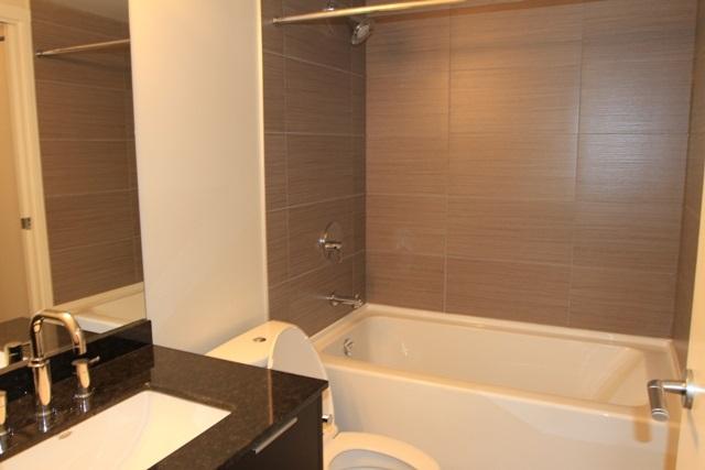 Condo Apartment at 207 445 2ND AVENUE, Unit 207, Vancouver West, British Columbia. Image 5