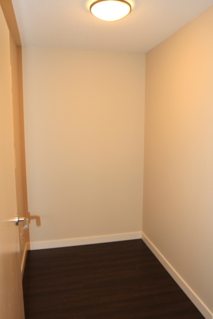 Condo Apartment at 207 445 2ND AVENUE, Unit 207, Vancouver West, British Columbia. Image 6