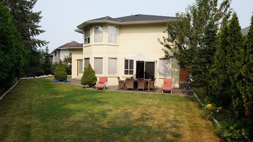 Detached at 13686 58 AVENUE, Surrey, British Columbia. Image 18