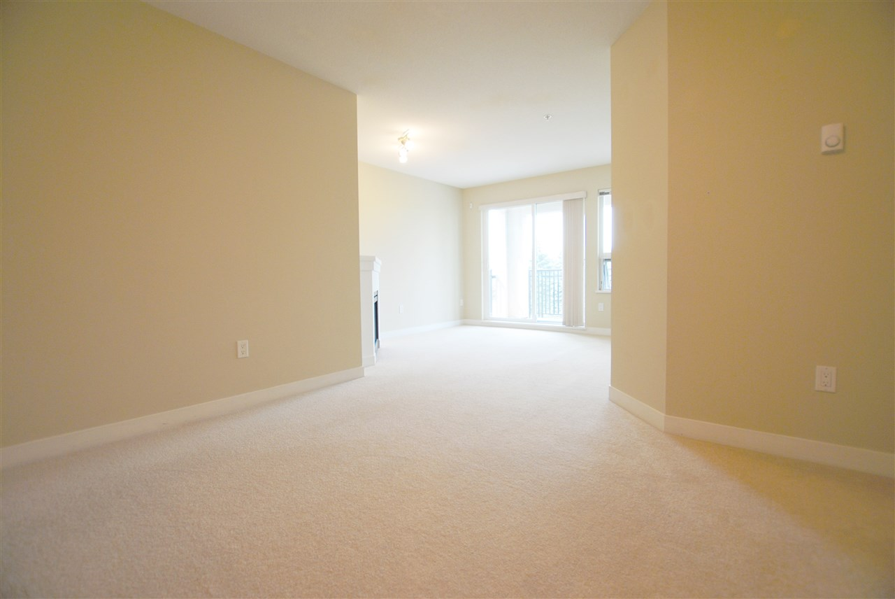 Condo Apartment at 308 6800 ECKERSLEY ROAD, Unit 308, Richmond, British Columbia. Image 6