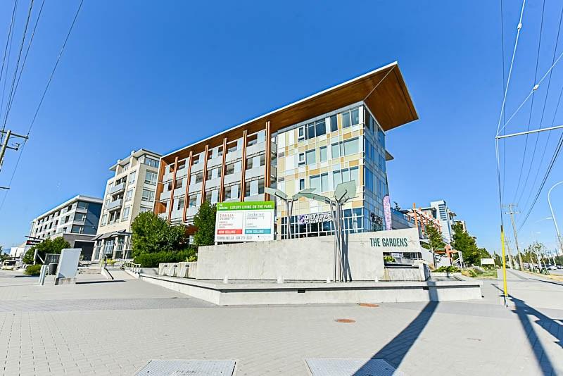 Condo Apartment at 425 10880 NO. 5 ROAD, Unit 425, Richmond, British Columbia. Image 1
