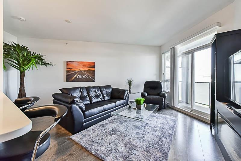 Condo Apartment at 425 10880 NO. 5 ROAD, Unit 425, Richmond, British Columbia. Image 5