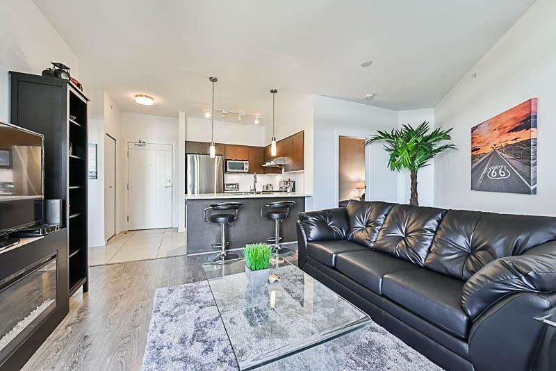 Condo Apartment at 425 10880 NO. 5 ROAD, Unit 425, Richmond, British Columbia. Image 6