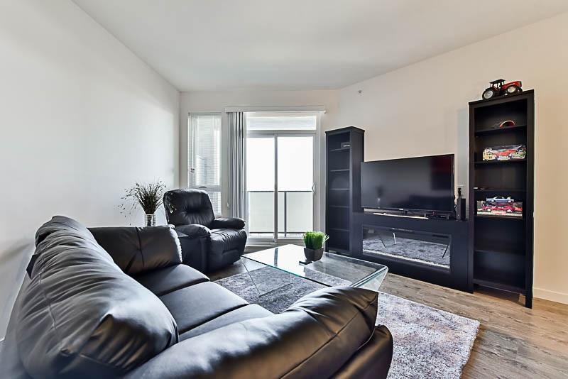 Condo Apartment at 425 10880 NO. 5 ROAD, Unit 425, Richmond, British Columbia. Image 7