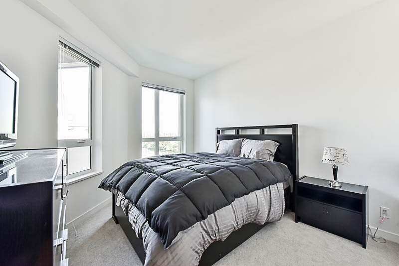 Condo Apartment at 425 10880 NO. 5 ROAD, Unit 425, Richmond, British Columbia. Image 8