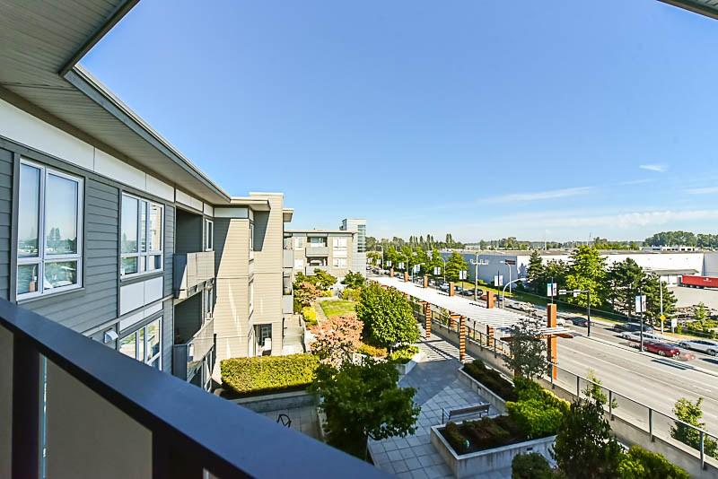 Condo Apartment at 425 10880 NO. 5 ROAD, Unit 425, Richmond, British Columbia. Image 14