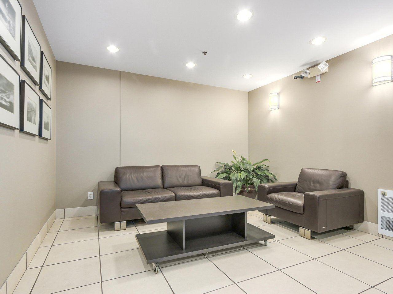 Condo Apartment at 211 3811 HASTINGS STREET, Unit 211, Burnaby North, British Columbia. Image 3