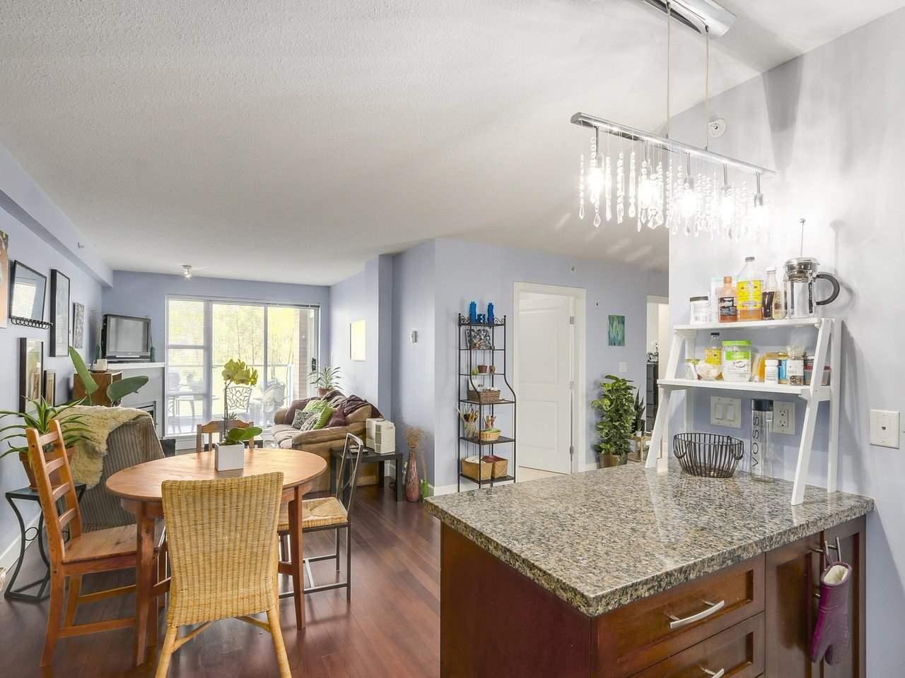 Condo Apartment at 211 3811 HASTINGS STREET, Unit 211, Burnaby North, British Columbia. Image 10